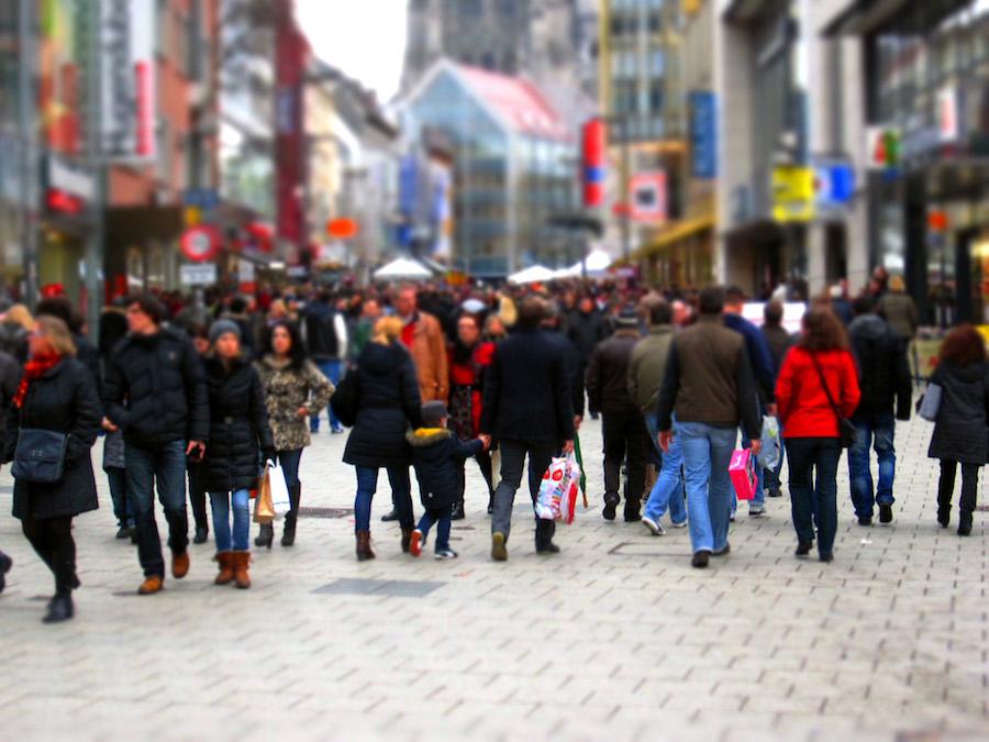 La confianza del consumidor cae a su nivel más bajo desde 2014